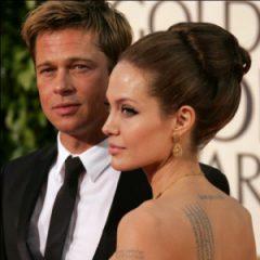 Анджелина  Джоли прячет свое тело
