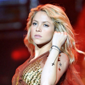 Шакира обучила Жерара Пике зажигательным танцам (фото)