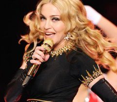 Мадонна потеряла сознание во время концерта