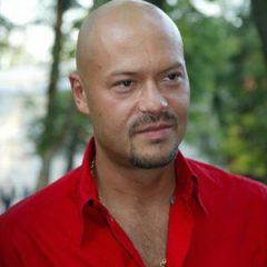 Федор Бондарчук признался, что его одевает жена