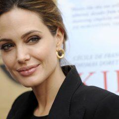 Анжелина Джоли не считает, что верность необходима