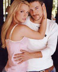 Кевин Федерлайн очень страдает после развода с Бритни Спирс