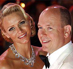 От князя Монако чуть не сбежала невеста