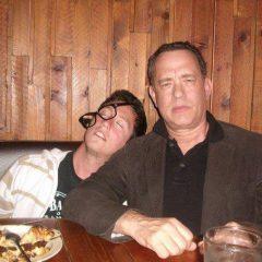 Том Хэнкс напился в пабе со своим поклонником