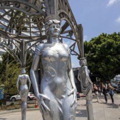 Клэр Уайт Келлер покидает пост креативного директора Givenchy